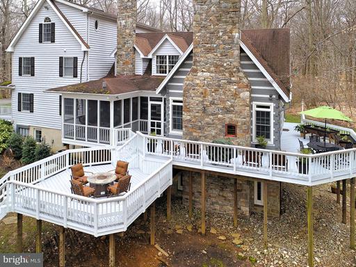 Property for sale at 12095 Beech Grove Ln, Lovettsville,  VA 20180