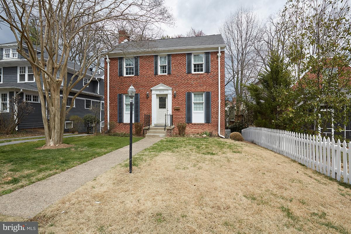 Other Residential for Rent at 3205 Rittenhouse St NW Washington, District Of Columbia 20015 United States