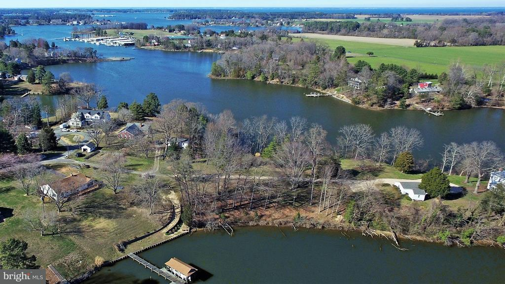 Single Family for Sale at 320 Tucker Point Ln Callao, Virginia 22435 United States
