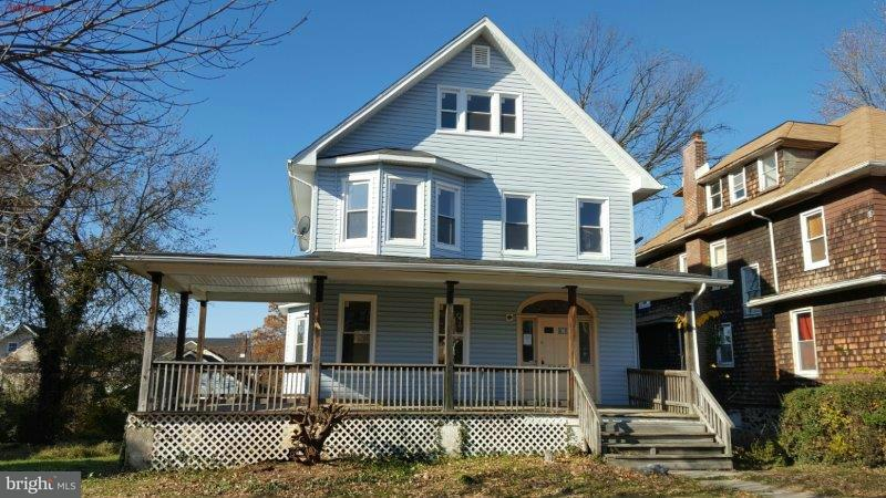 Single Family for Sale at 2606 Roslyn Ave Baltimore, Maryland 21216 United States