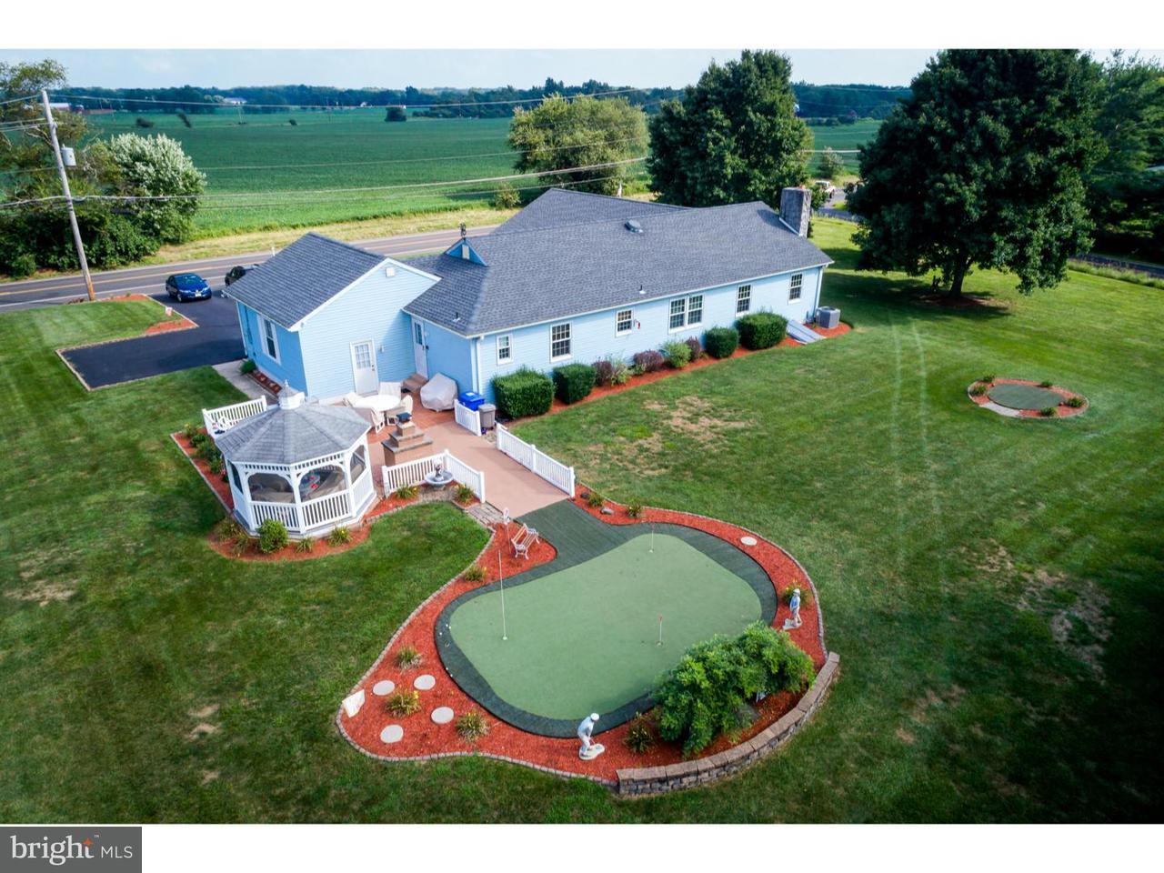 Частный односемейный дом для того Продажа на 507 N MAIN Street Vincentown, Нью-Джерси 08088 Соединенные Штаты