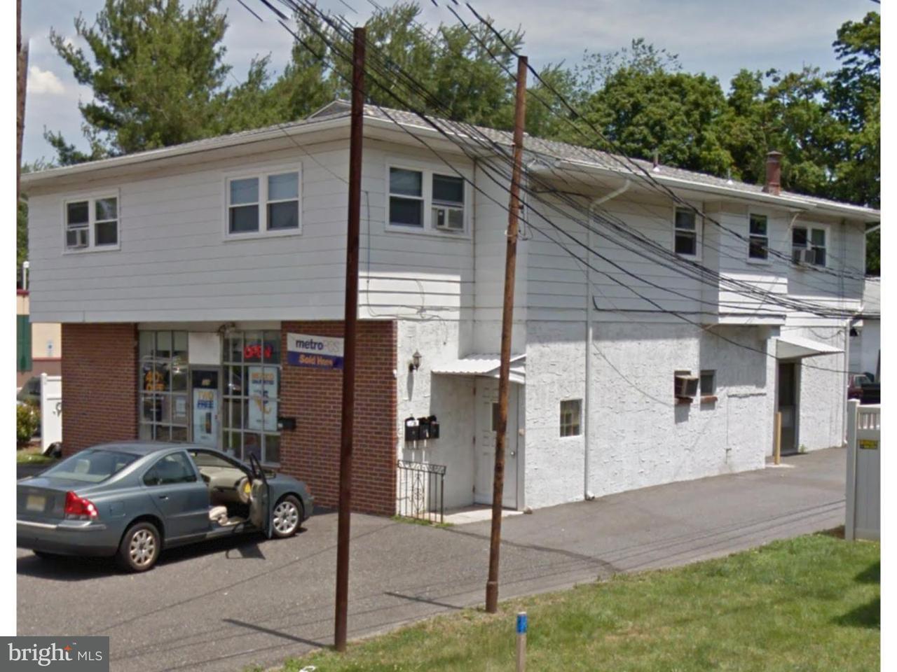 Maison unifamiliale pour l à louer à 328 N DELSEA DR #2 Clayton, New Jersey 08312 États-Unis