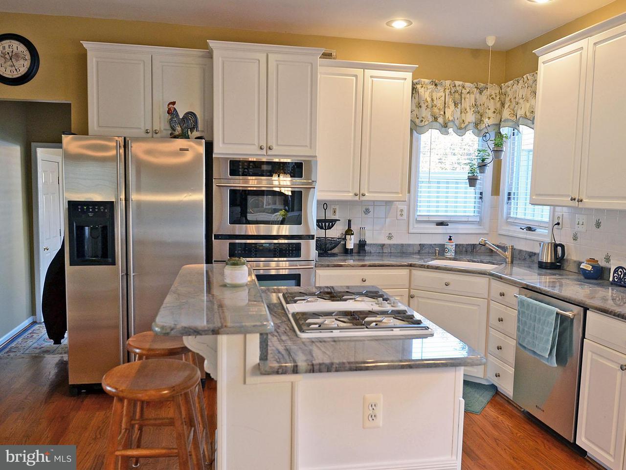 Additional photo for property listing at 15075 Stillfield Place 15075 Stillfield Place Centreville, Βιρτζινια 20120 Ηνωμενεσ Πολιτειεσ