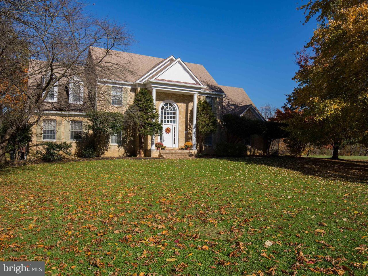 獨棟家庭住宅 為 出售 在 17500 Pinehurst Court 17500 Pinehurst Court Purcellville, 弗吉尼亞州 20132 美國