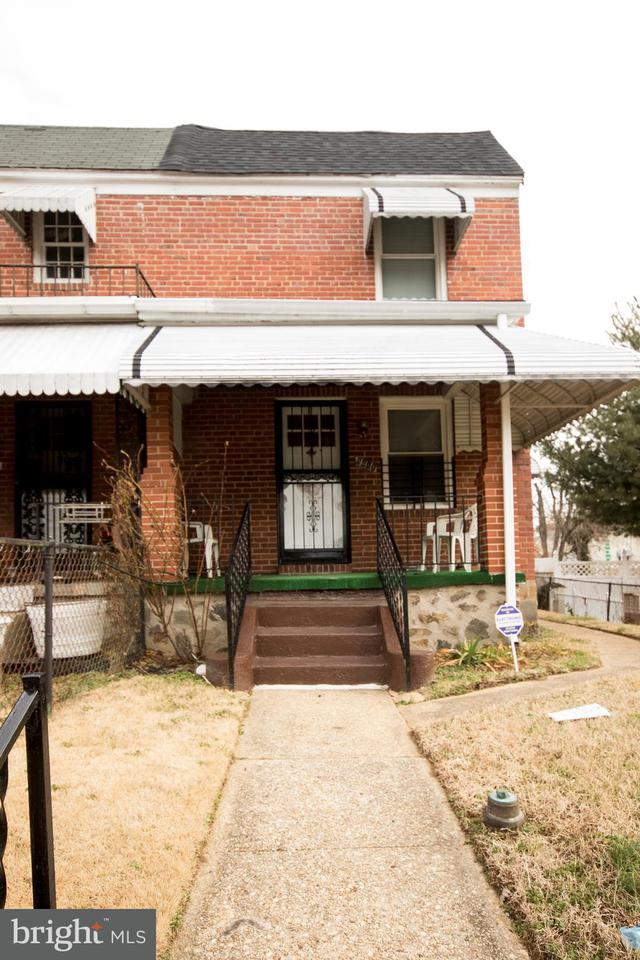 Single Family for Sale at 5411 Denmore Ave Baltimore, Maryland 21215 United States