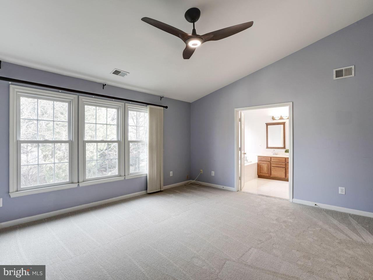 Additional photo for property listing at 10481 Courtney Drive 10481 Courtney Drive Fairfax, Virginia 22030 United States
