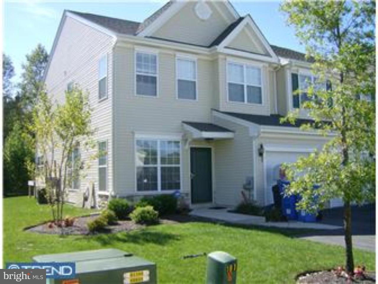 Maison accolée pour l à louer à 81 STILL RUN Clayton, New Jersey 08312 États-Unis