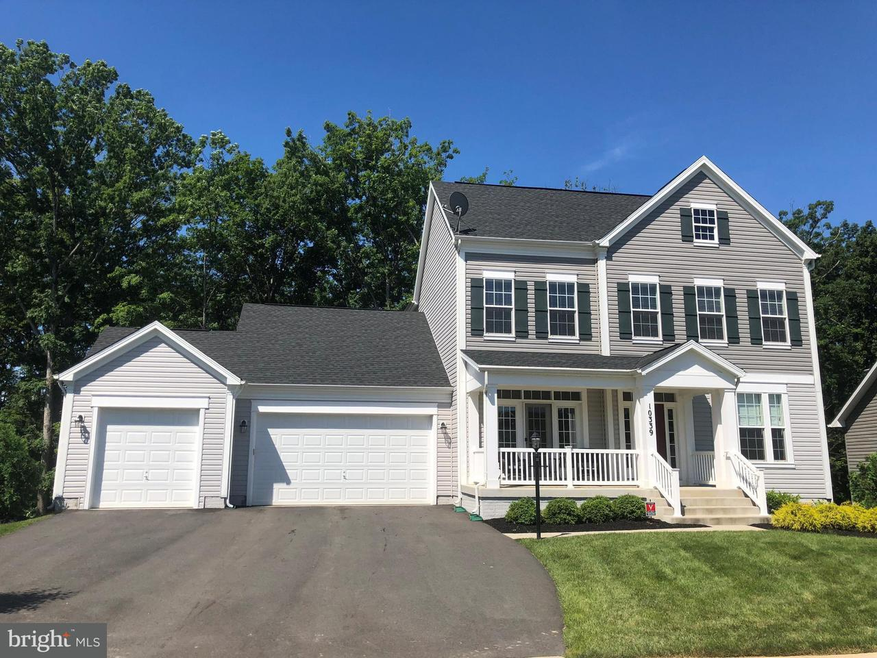 Single Family Home for Sale at 10339 Spring Iris Drive 10339 Spring Iris Drive Bristow, Virginia 20136 United States