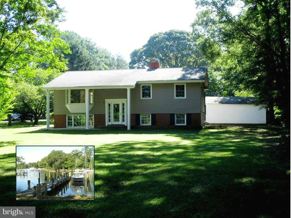 Single Family for Sale at 30 Back Creek Rd Dowell, Maryland 20629 United States