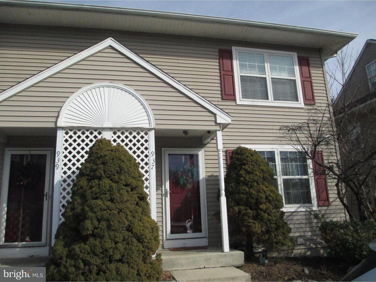 Casa unifamiliar adosada (Townhouse) por un Alquiler en 937 WOODLAWN Avenue Phoenixville, Pennsylvania 19460 Estados Unidos