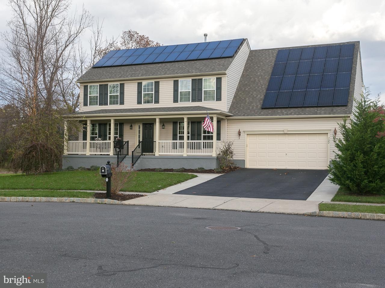 Частный односемейный дом для того Продажа на 722 VARGA Circle Florence, Нью-Джерси 08518 Соединенные Штаты
