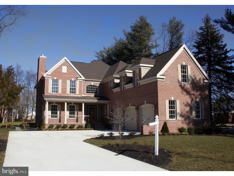 Enfamiljshus för Försäljning vid 700 BENTLEY Court Moorestown, New Jersey 08057 Usa