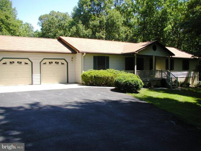 Other Residential for Rent at 15930 Woodlark Dr Brandywine, Maryland 20613 United States
