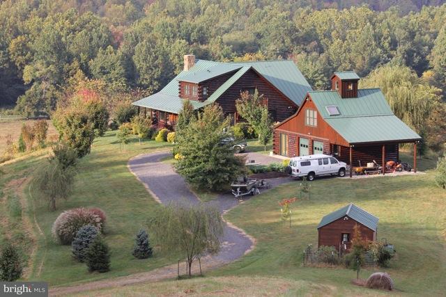 Fazenda / Quinta para Venda às 2680 Etlan Road 2680 Etlan Road Etlan, Virginia 22719 Estados Unidos