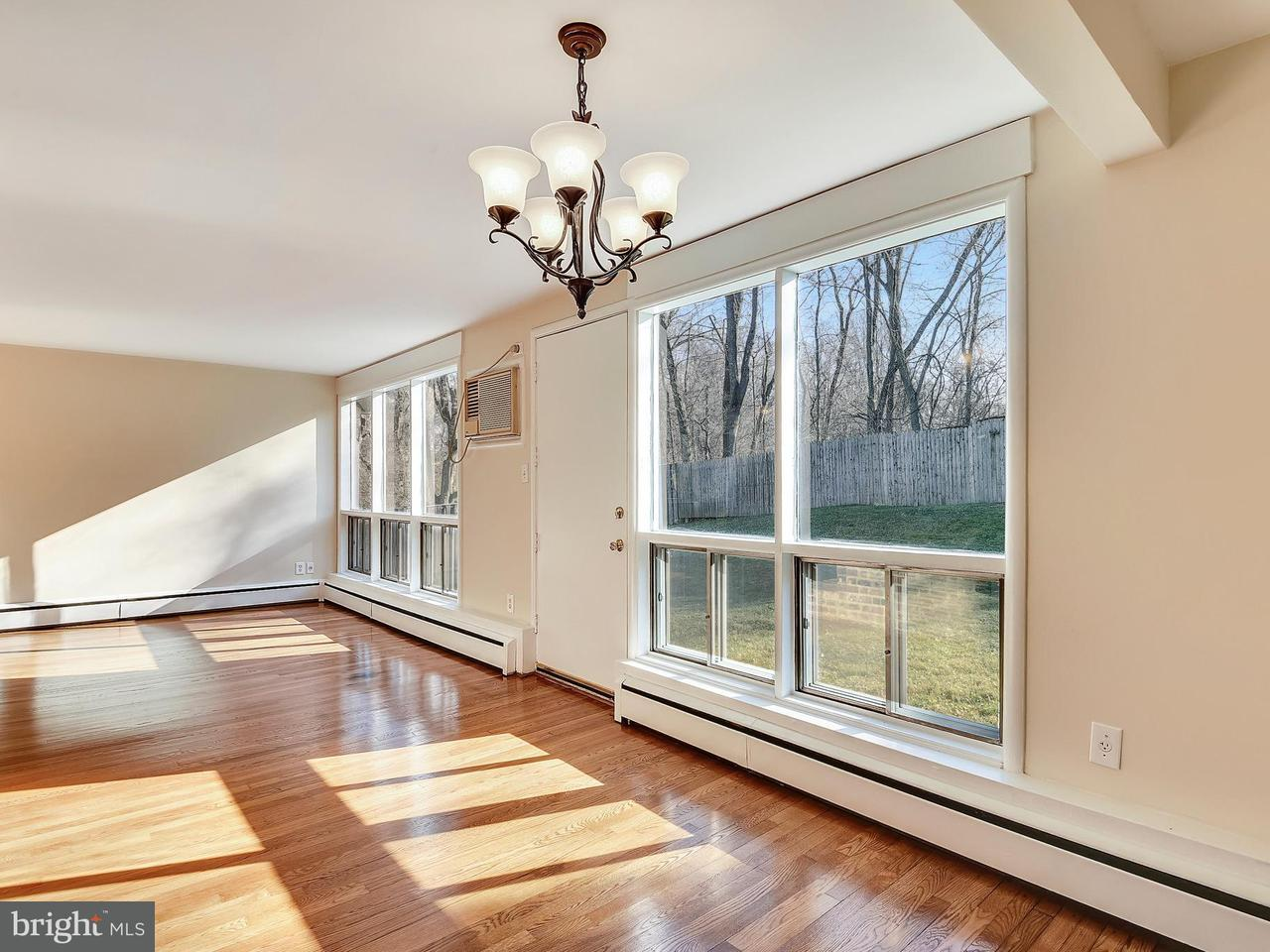 Additional photo for property listing at 10107 Cornwall Road 10107 Cornwall Road Fairfax, Virginia 22030 United States