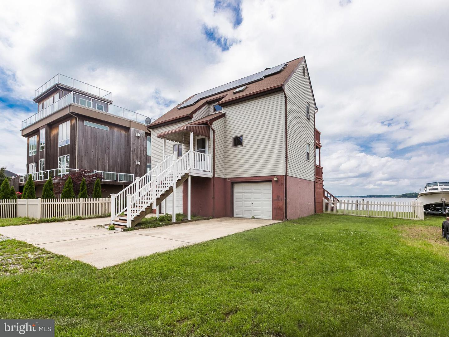 Single Family for Sale at 9206 Hinton Ave Sparrows Point, Maryland 21219 United States