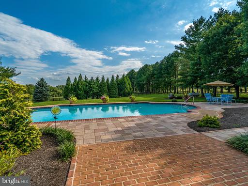 Property for sale at 20082 Unison Rd, Purcellville,  VA 20132