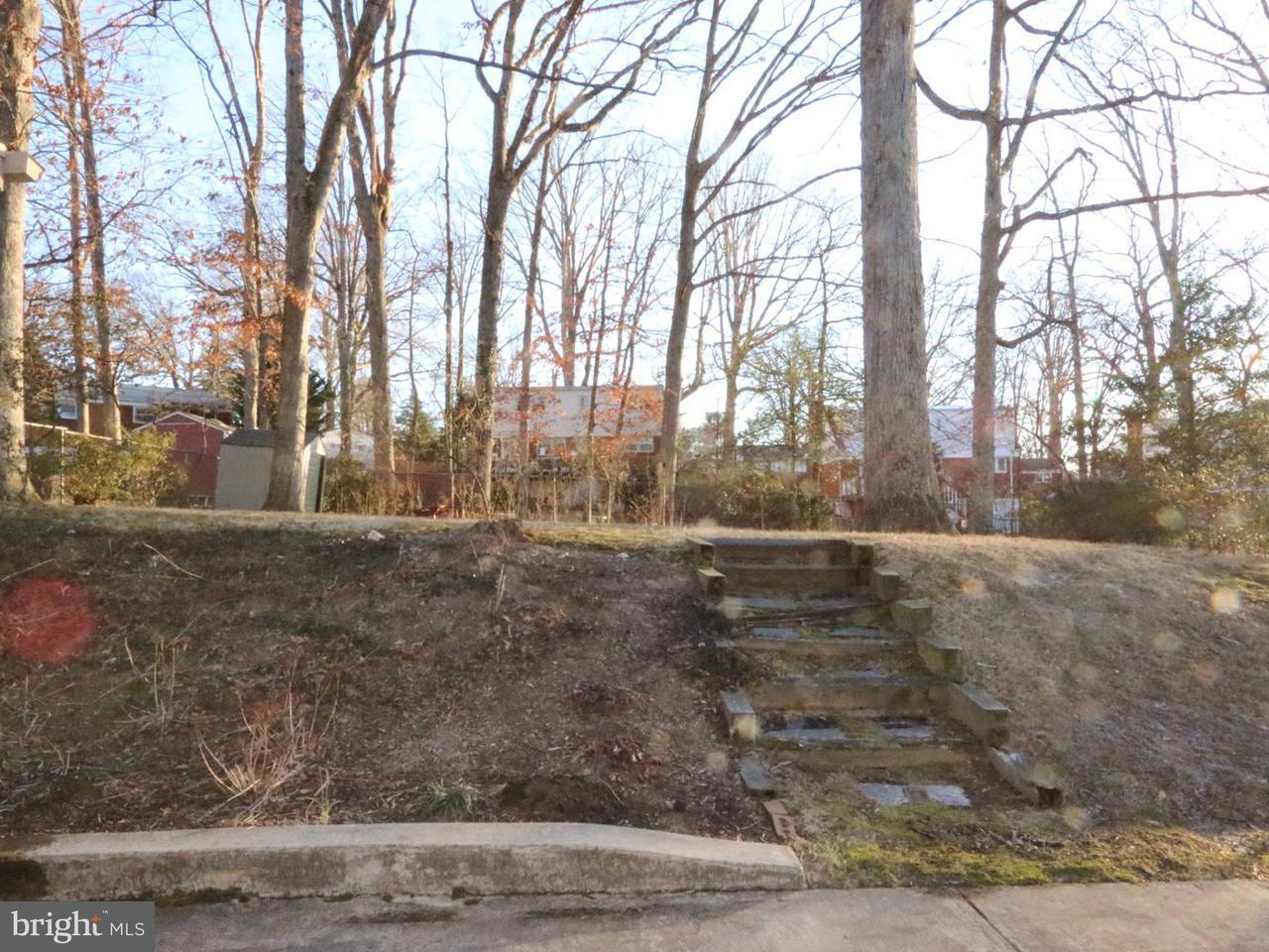 Additional photo for property listing at 10003 Duncan Street 10003 Duncan Street Fairfax, Virginia 22031 Estados Unidos