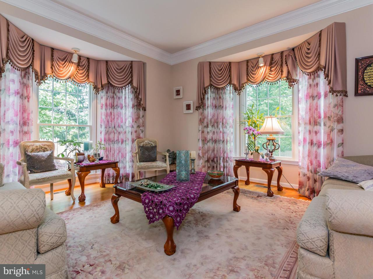 Additional photo for property listing at 14314 Duvall Hill Court 14314 Duvall Hill Court Burtonsville, 메릴랜드 20866 미국