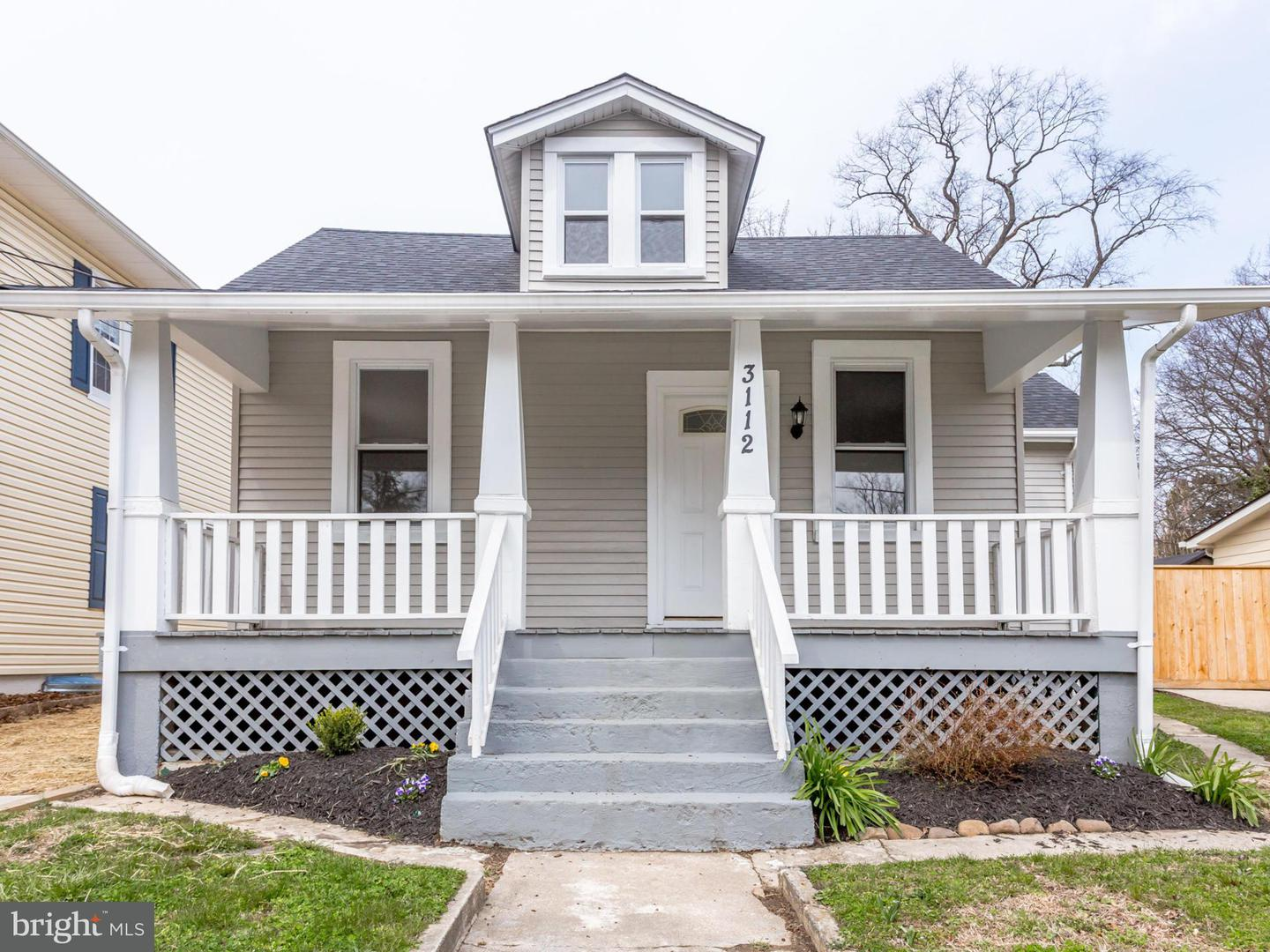 Single Family for Sale at 3112 Upshur St Mount Rainier, Maryland 20712 United States