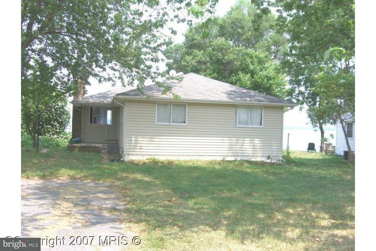 Single Family for Sale at 43208 Riverside Dr Hollywood, Maryland 20636 United States