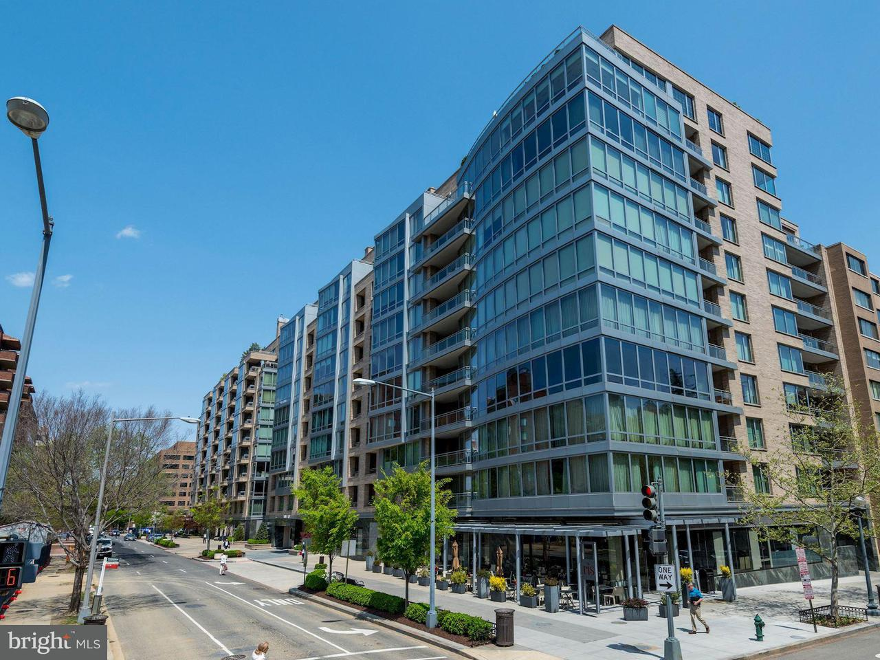 Single Family for Sale at 1111 23rd St NW #2b Washington, District Of Columbia 20037 United States