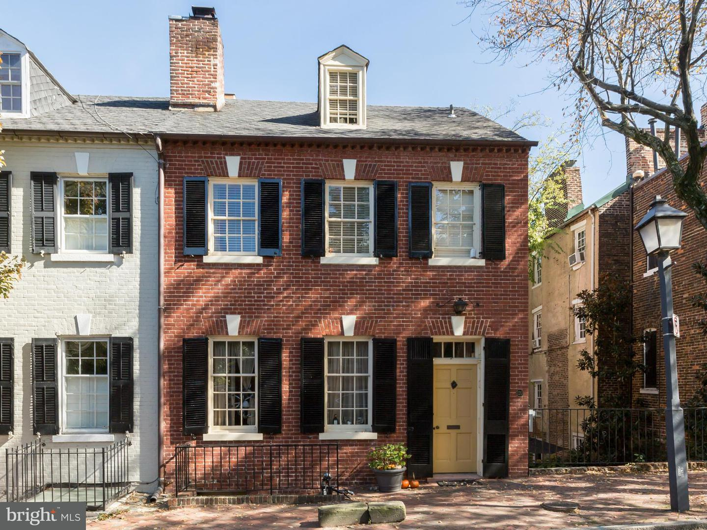 Other Residential for Rent at 120 Lee St S Alexandria, Virginia 22314 United States
