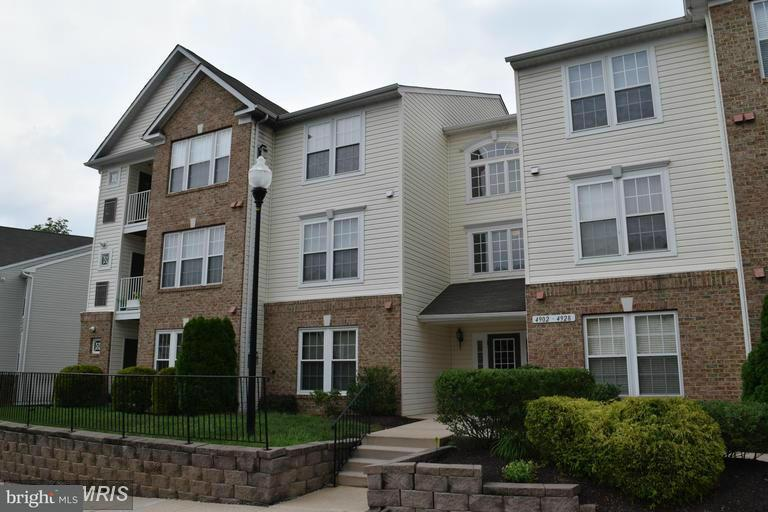 Condominium for Rent at 4902 Marchwood Ct #1a Perry Hall, Maryland 21128 United States