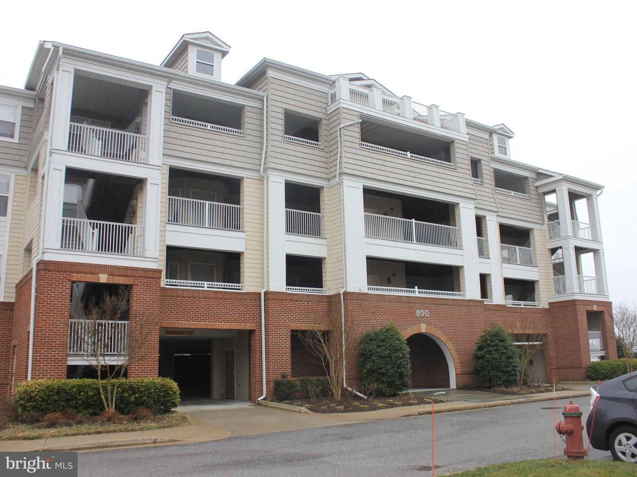 Appartement en copropriété pour l Vente à 821 Oyster Bay Pl #304 821 Oyster Bay Pl #304 Dowell, Maryland 20629 États-Unis