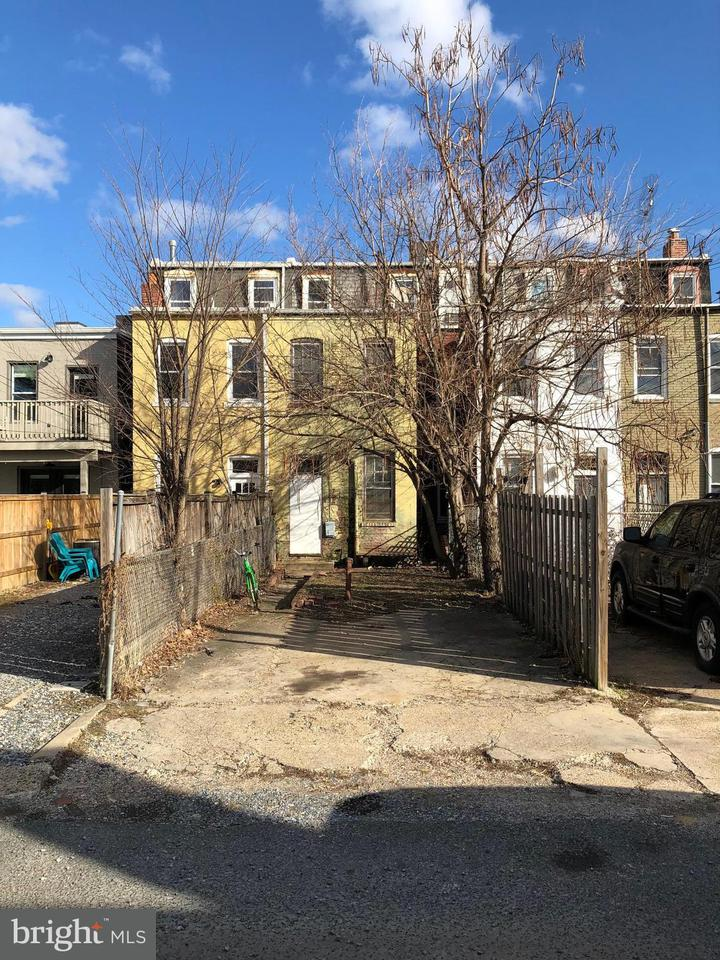 Single Family for Sale at 714 5th St NE Washington, District Of Columbia 20002 United States