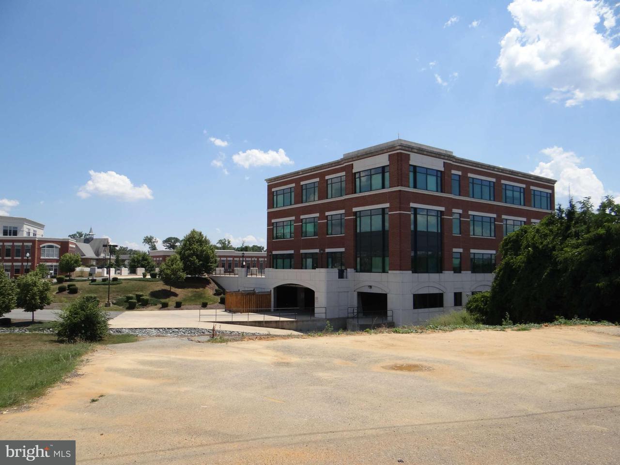 Additional photo for property listing at 107 Howard St  La Plata, Maryland 20646 United States