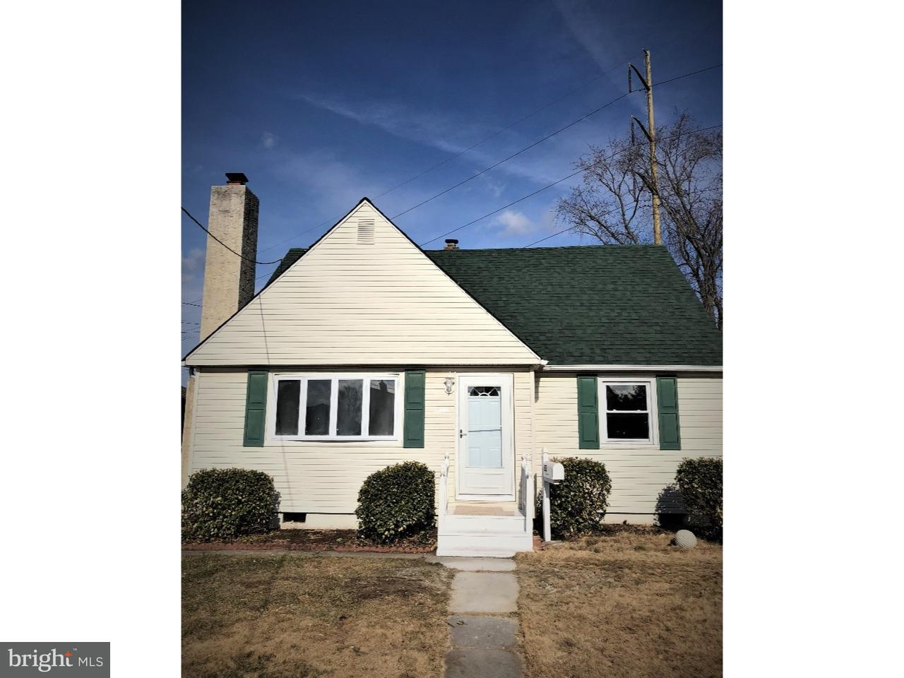 Частный односемейный дом для того Продажа на 332 DAVIS Avenue Mount Ephraim, Нью-Джерси 08059 Соединенные Штаты