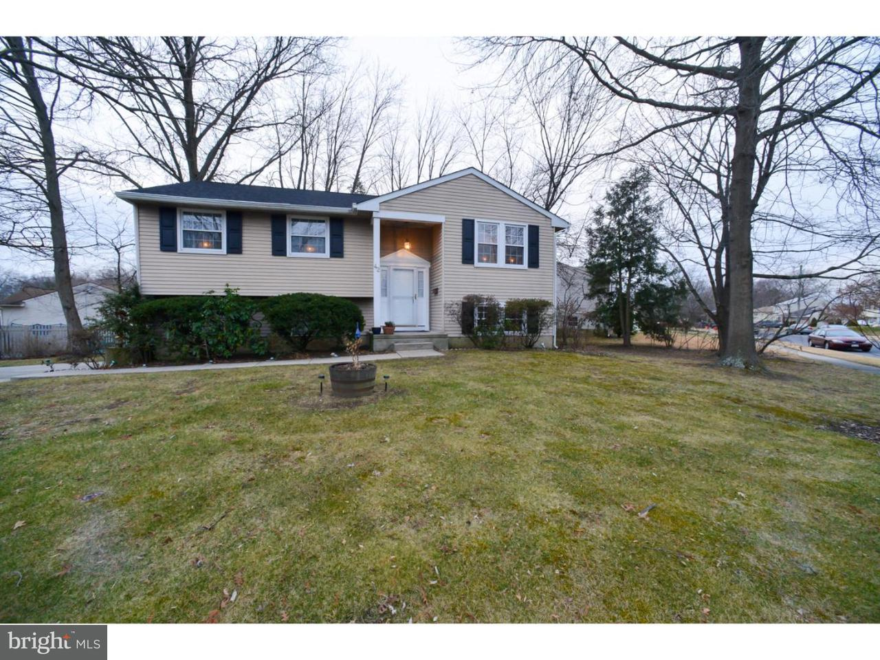 Частный односемейный дом для того Продажа на 42 OVERHILL Road Stratford, Нью-Джерси 08084 Соединенные Штаты