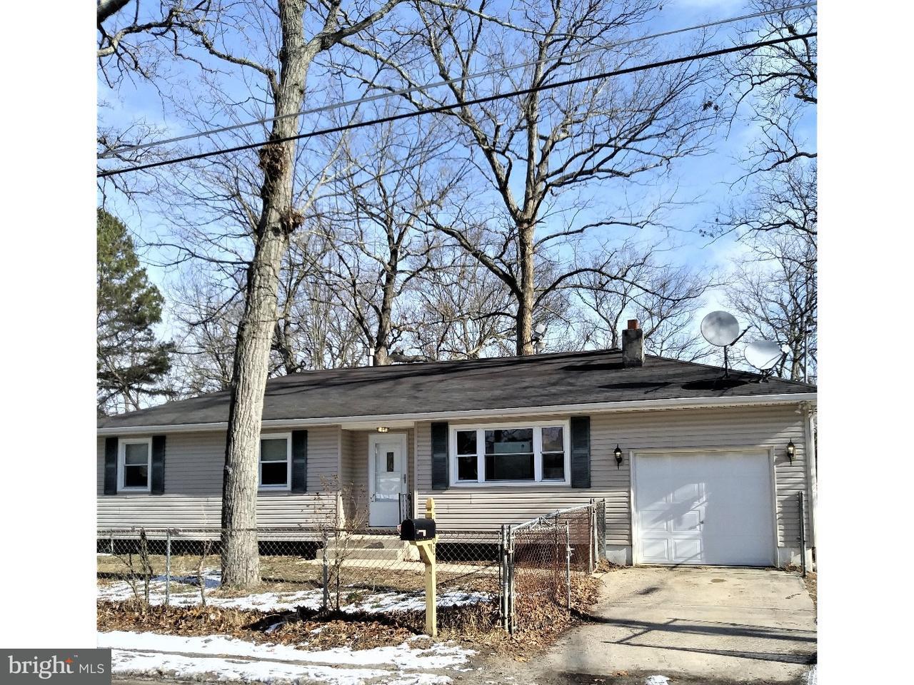 Maison unifamiliale pour l à louer à 1300 EVERGREEN BLVD Browns Mills, New Jersey 08015 États-Unis