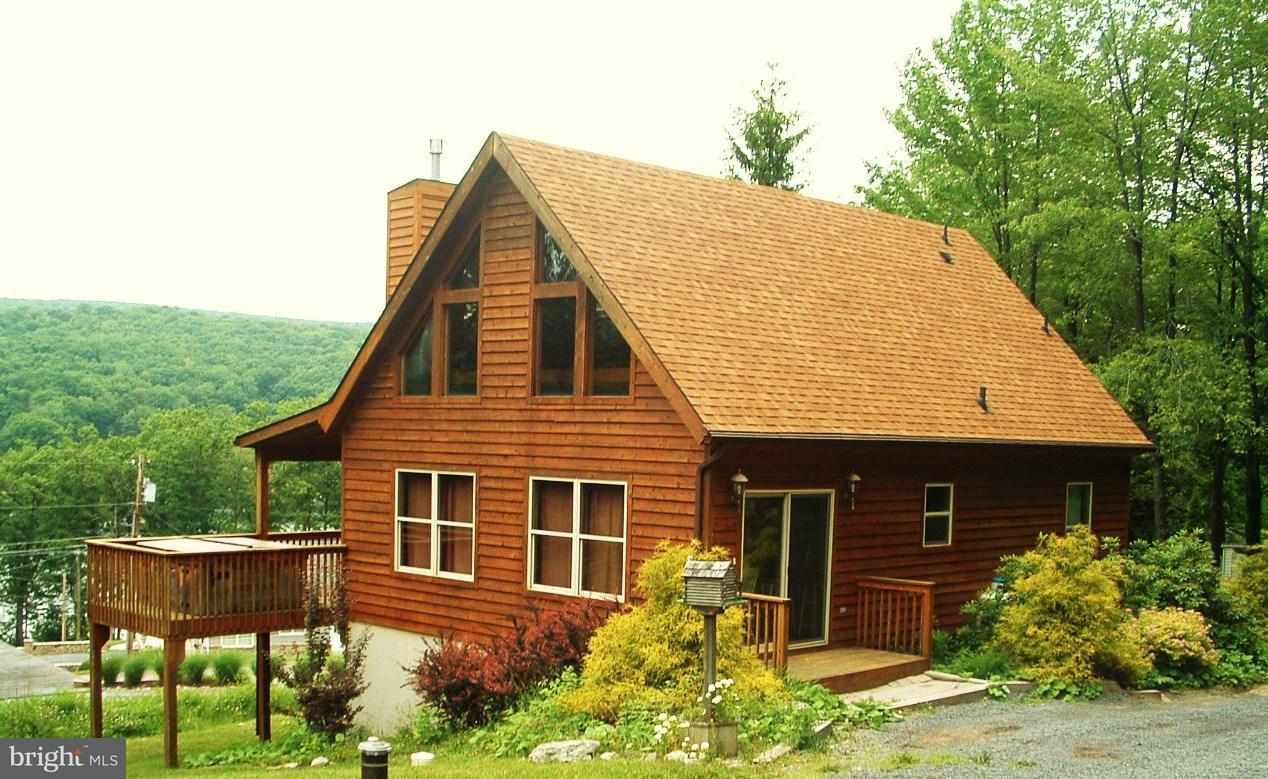 Casa Unifamiliar por un Venta en 58 Leo Friend Road 58 Leo Friend Road Oakland, Maryland 21550 Estados Unidos