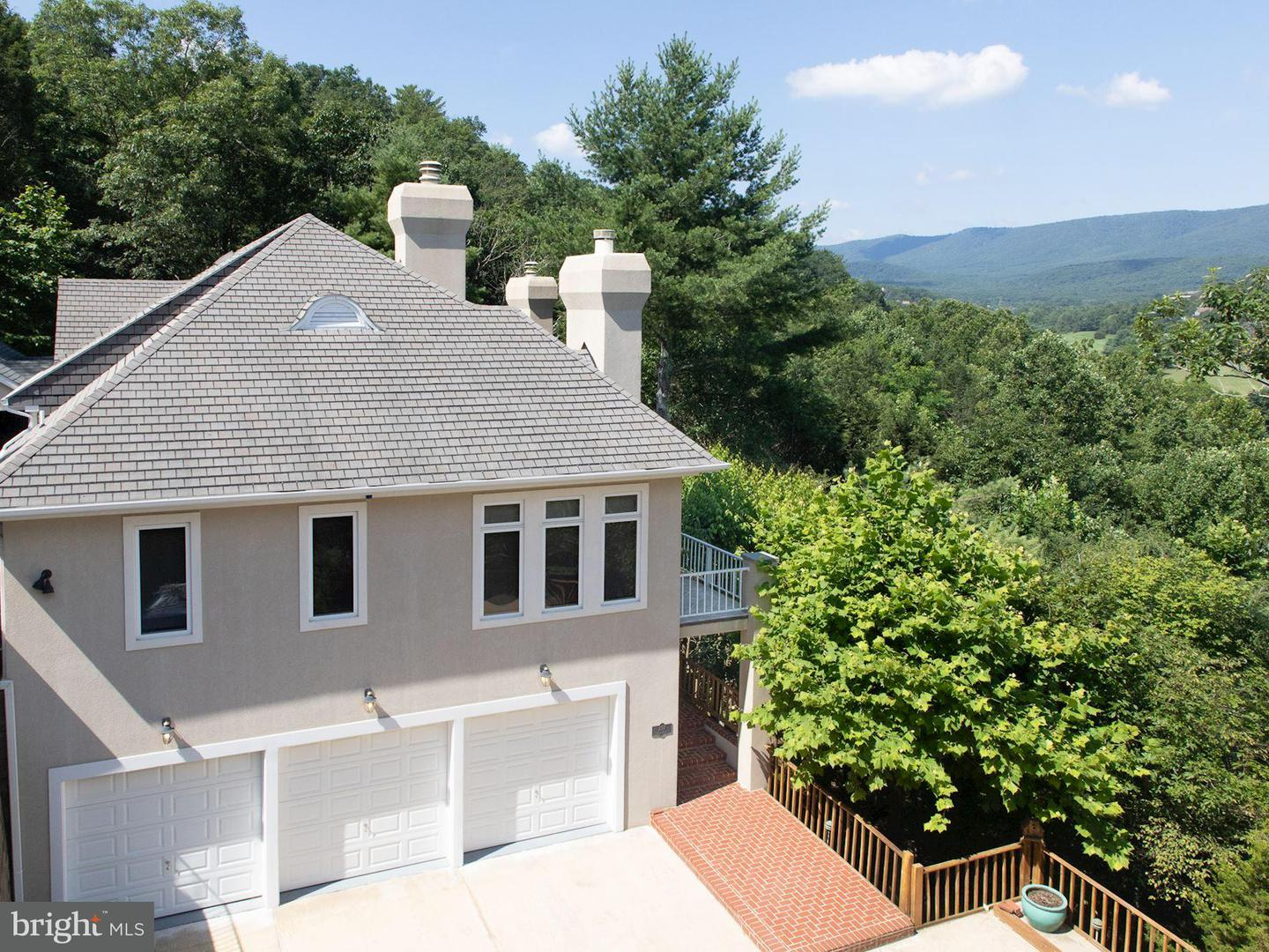 Single Family for Sale at 397 Linda Ln Basye, Virginia 22810 United States