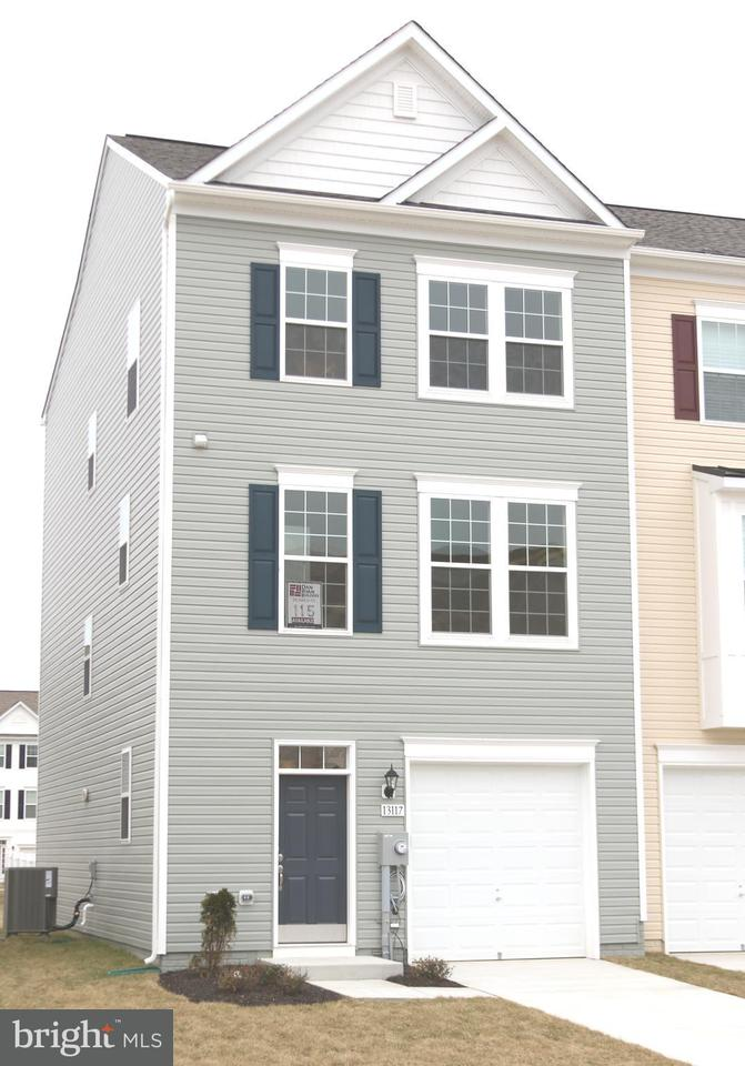 Single Family for Sale at 13117 Nittany Lion Cir Hagerstown, Maryland 21740 United States