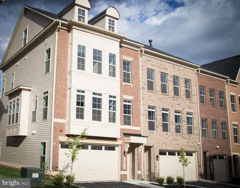 Townhouse for Sale at 10211 Hilltop Ascent Drive 10211 Hilltop Ascent Drive Rockville, Maryland 20850 United States