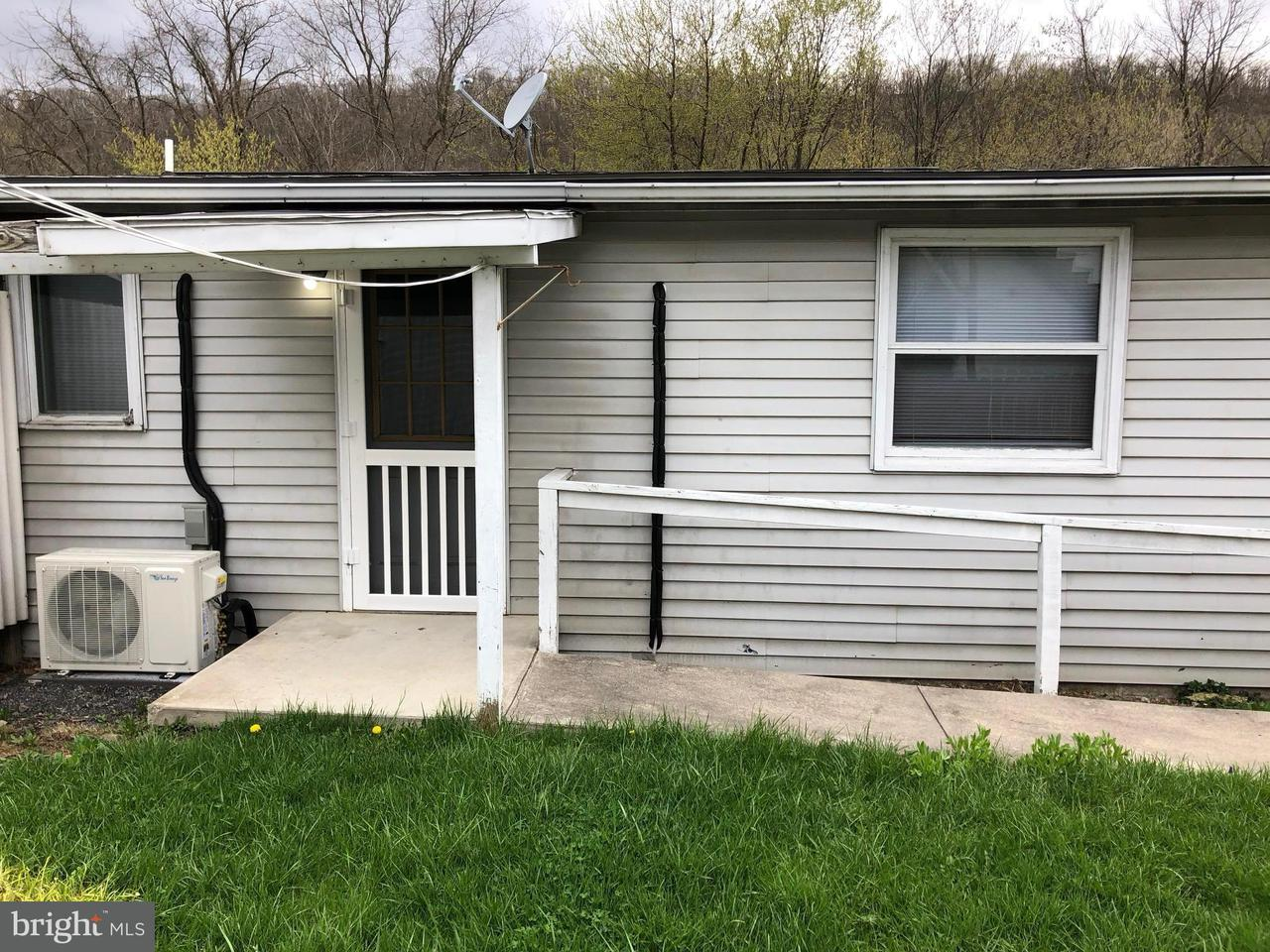 Other Residential for Rent at 10b Vermont Street Berkeley Springs, West Virginia 25411 United States