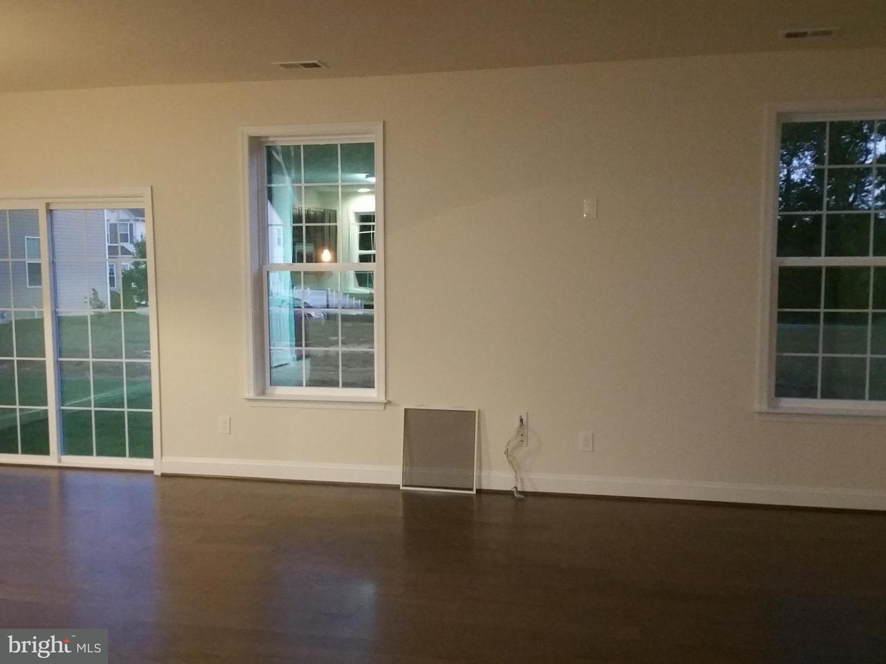Additional photo for property listing at 304 Sydney  Denton, Maryland 21629 United States