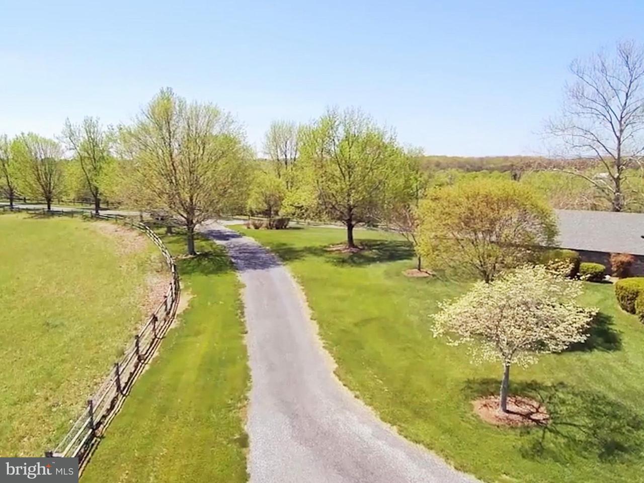 獨棟家庭住宅 為 出售 在 643 Lander Lane 643 Lander Lane Berryville, 弗吉尼亞州 22611 美國