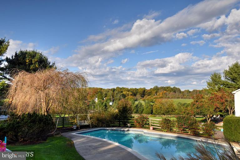 Villa per Vendita alle ore 1517 Heather Hill Lane 1517 Heather Hill Lane Hunt Valley, Maryland 21030 Stati Uniti