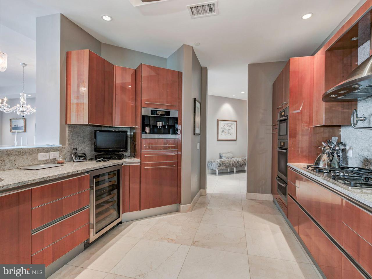 Additional photo for property listing at 1881 Nash St N #2102 1881 Nash St N #2102 Arlington, Virginia 22209 United States