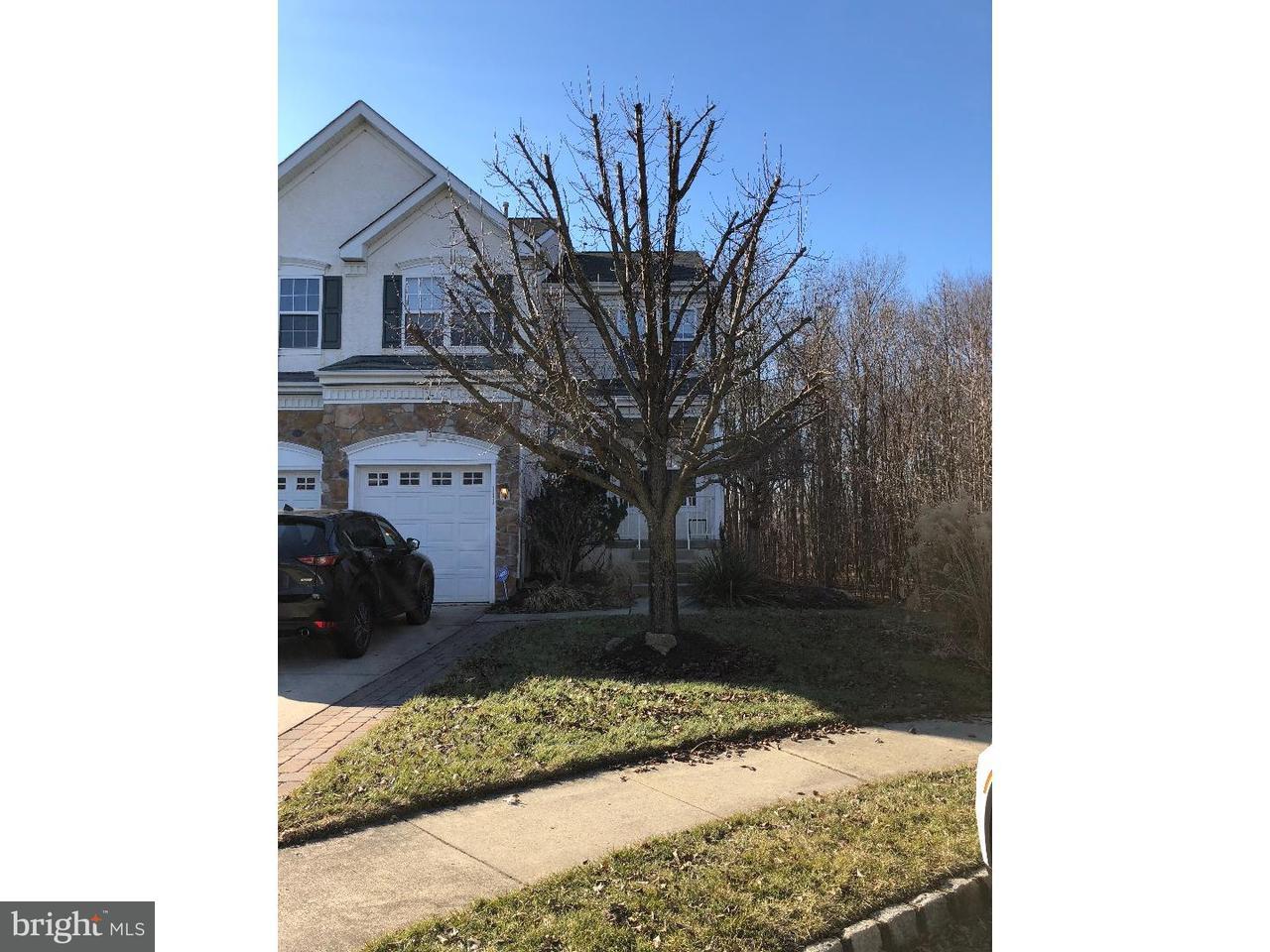 Casa unifamiliar adosada (Townhouse) por un Alquiler en 111 WEAVER Drive Evesham Twp, Nueva Jersey 08053 Estados Unidos