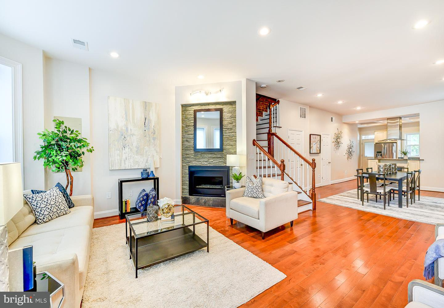 Single Family for Sale at 31 T St NW Washington, District Of Columbia 20001 United States