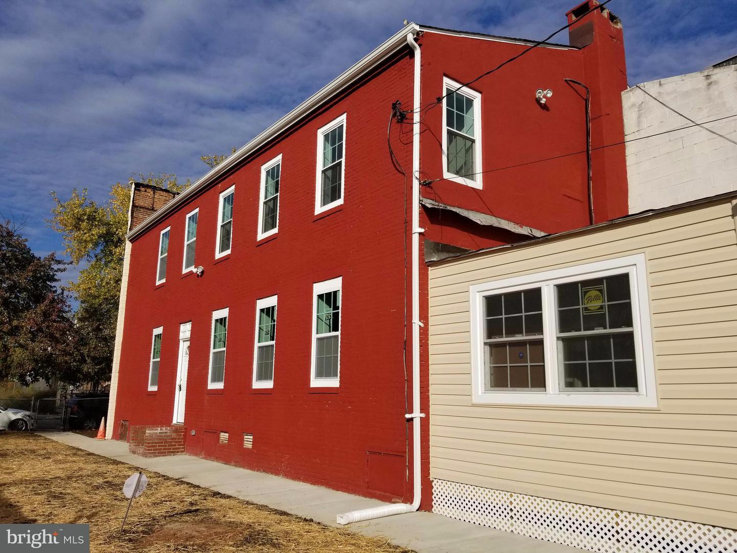Single Family for Sale at 2019 Barclay St Baltimore, Maryland 21218 United States