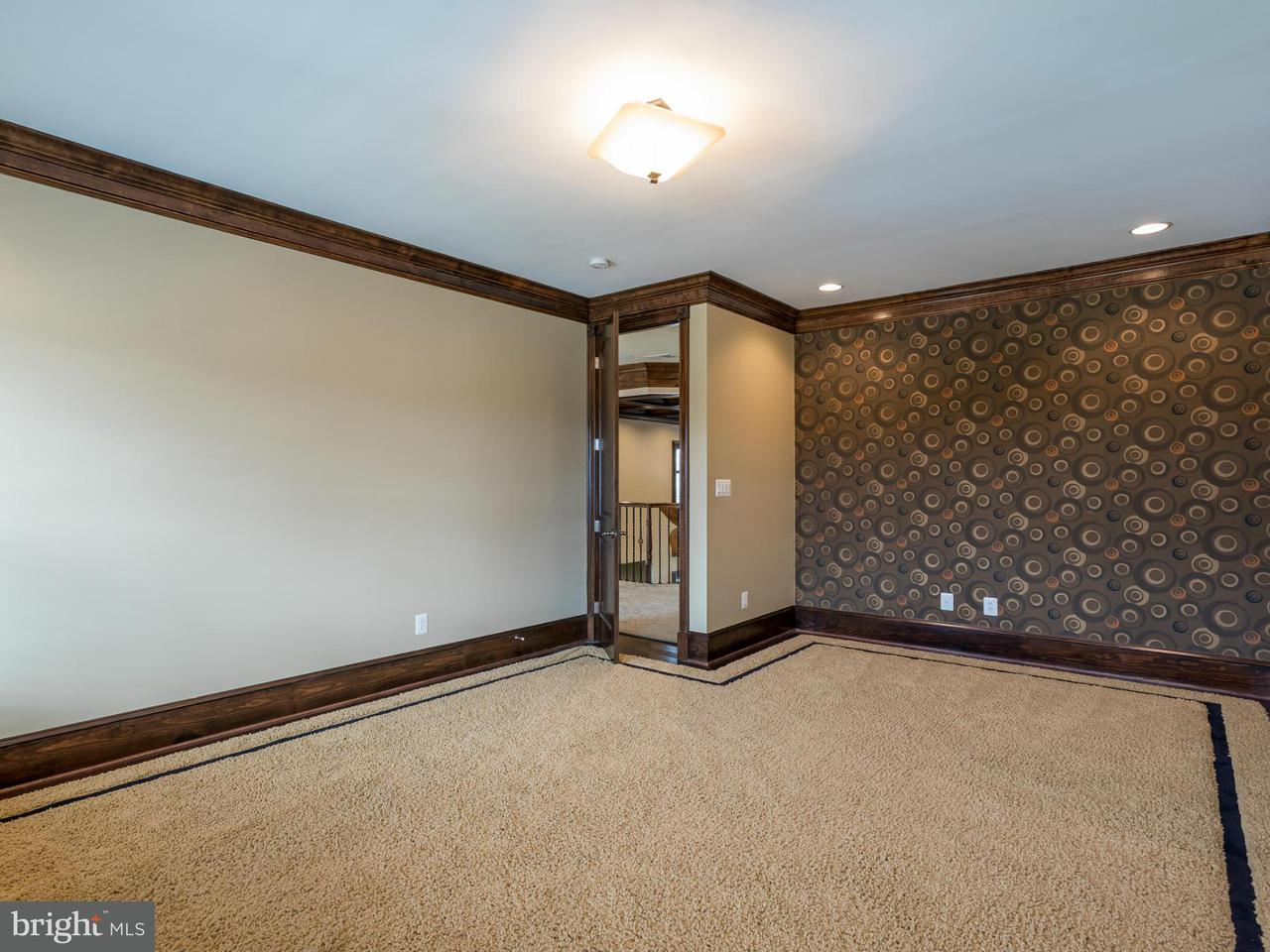 Additional photo for property listing at 19946 Belmont Station Drive 19946 Belmont Station Drive Ashburn, Virginia 20147 United States