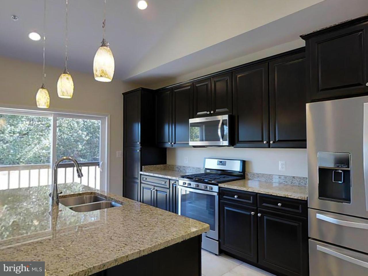 Частный односемейный дом для того Продажа на 10074 Aspenleigh Court 10074 Aspenleigh Court Newburg, Мэриленд 20664 Соединенные Штаты