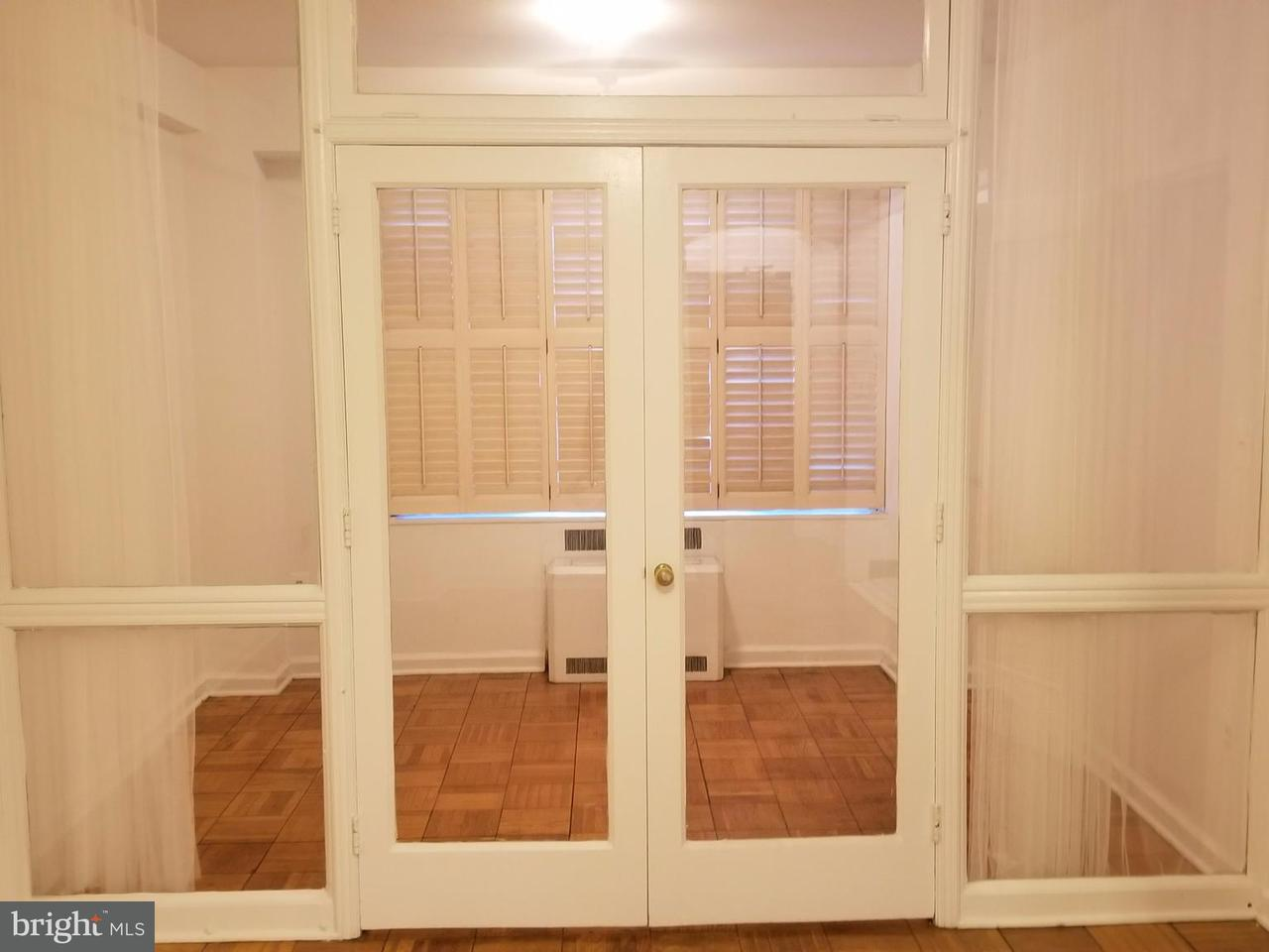 Additional photo for property listing at 1 Scott Cir NW #18  Washington, District Of Columbia 20036 United States