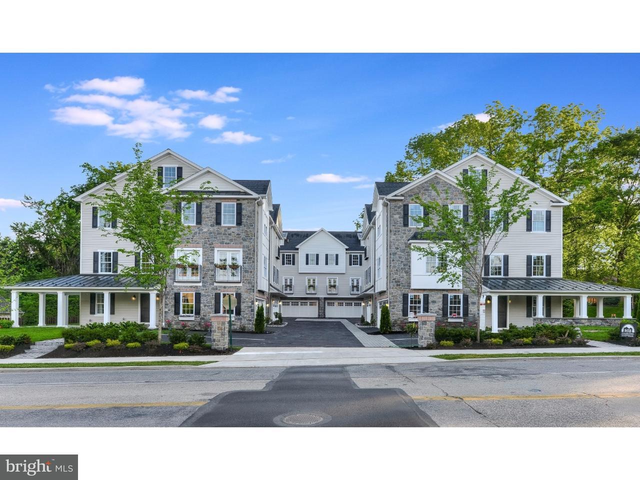 Maison accolée pour l Vente à 221 MONTGOMERY Avenue Ardmore, Pennsylvanie 19003 États-Unis